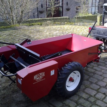 Model 57G fitted with optional endgate and swivel tow ball coupling with Yamaha UTV